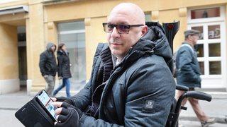 Un Neuchâtelois lance une application pour faciliter la vie des personnes à mobilité réduite