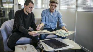 Deux Neuchâtelois publient leur première bande dessinée, «Rhiza Embrasement»