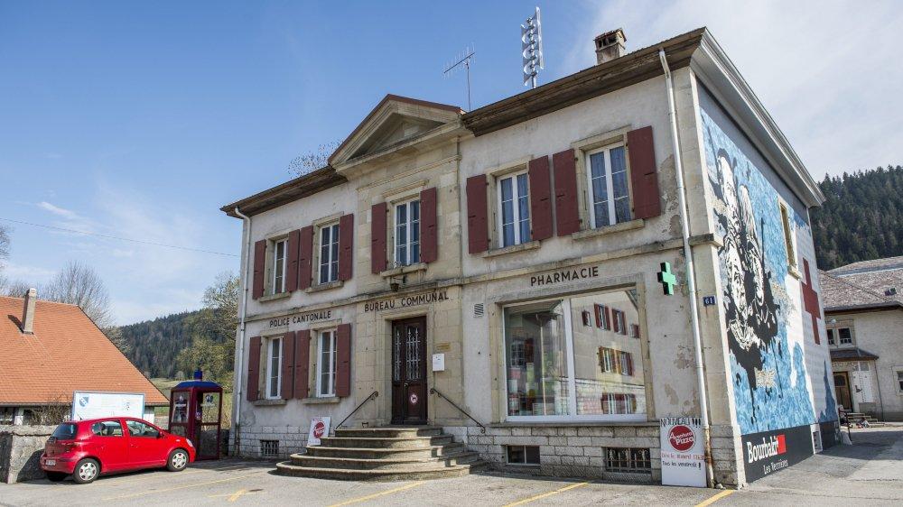 Le bureau communal des Verrières a notamment été visité par les deux voleurs jugés ce mardi 14 janvier.