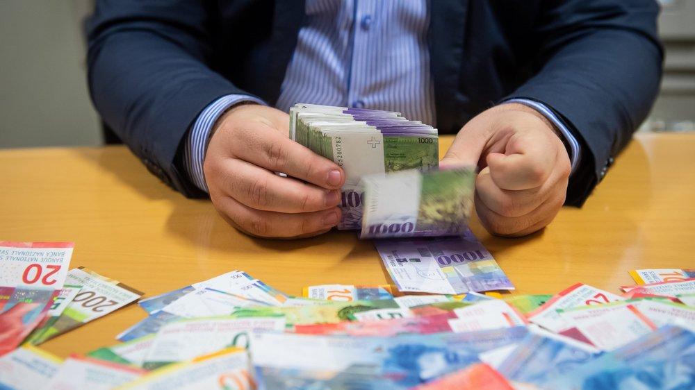 La Vallonière a fait transiter par son compte en banque près de 60 000 euros, pour une commission totale de 650 euros (image d'illustration).