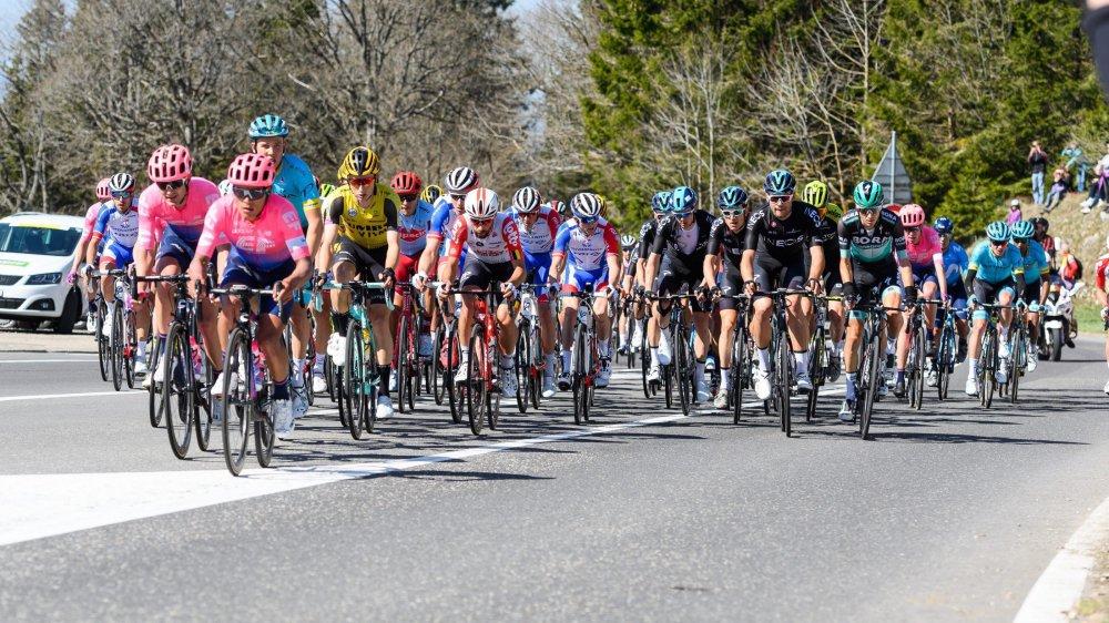 Les coureurs du Tour de Romandie emprunteront le col de la Vue-des-Alpes en 2020.
