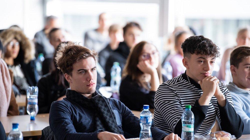 Les apprentis du CPLN ont participé jeudi à un débat sur le droit de vote à 16 ans dans le canton de Neuchâtel. Objet soumis au vote populaire le 9 février 2020.