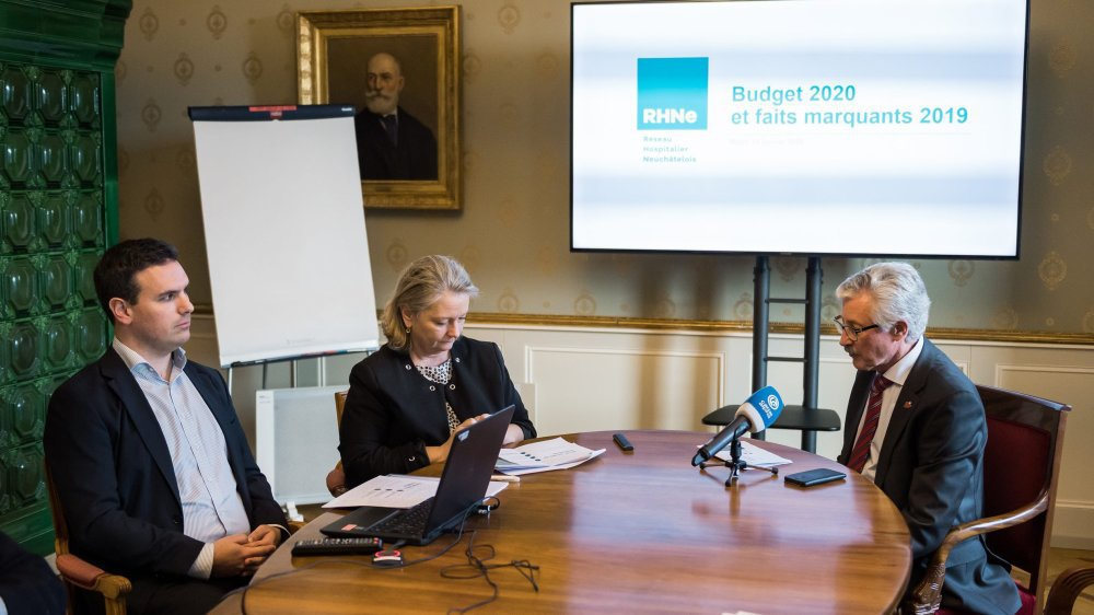 Léonard Blatti, directeur financier, Muriel Desaulles, directrice général ad interim et Pierre-François Cuénoud, président du conseil d'administration du RHNE.