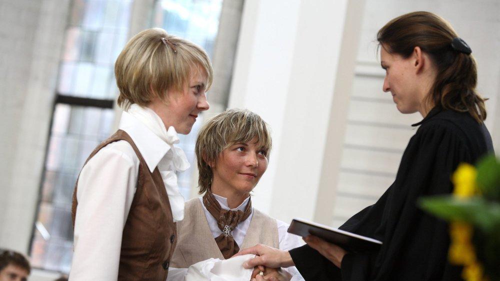 Certaines Eglises protestantes proposent déjà des bénédictions pour des couples du même sexe.