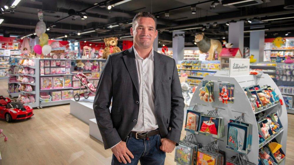 Marcel Dobler n'est pas qu'un politicien. C'est aussi un entrepreneur. En 2018, il est devenu copropriétaire des magasins de jouets Franz Carl Weber.