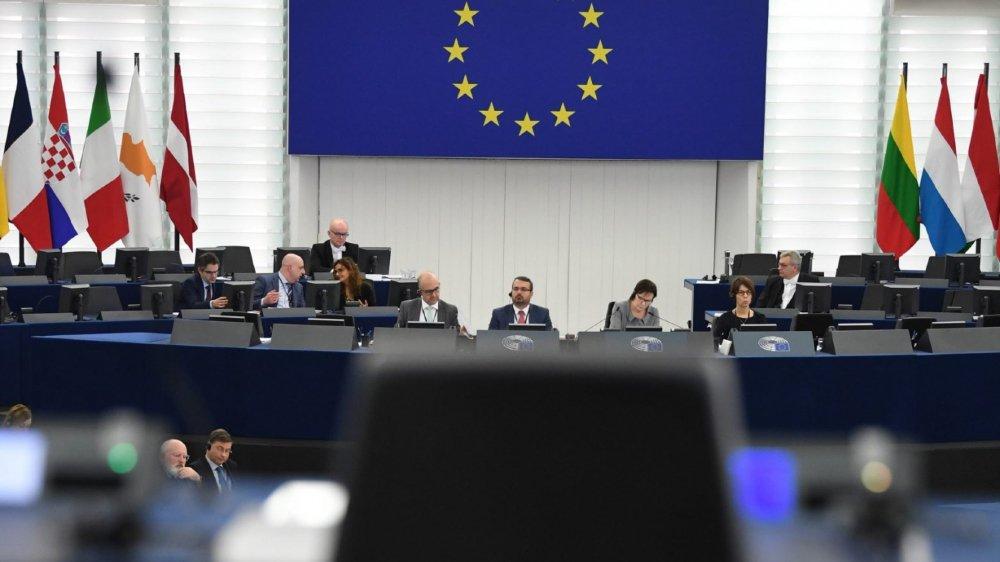 «Nous n'avons plus d'autres choix», ont expliqué les ministres des Affaires étrangères français, allemand  et britannique, en actionnant le mécanisme de crise.