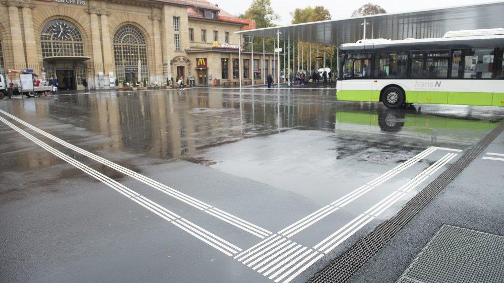 Des bus de remplacement sont prévus entre Neuchâtel et La Chaux-de-Fonds en 2021.