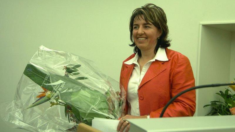 En décembre 2005, la socialiste Elisabeth Baume-Schneider est élue présidente du Gouvernement jurassien, six ans après avoir été désignée à la tête du Parlement.