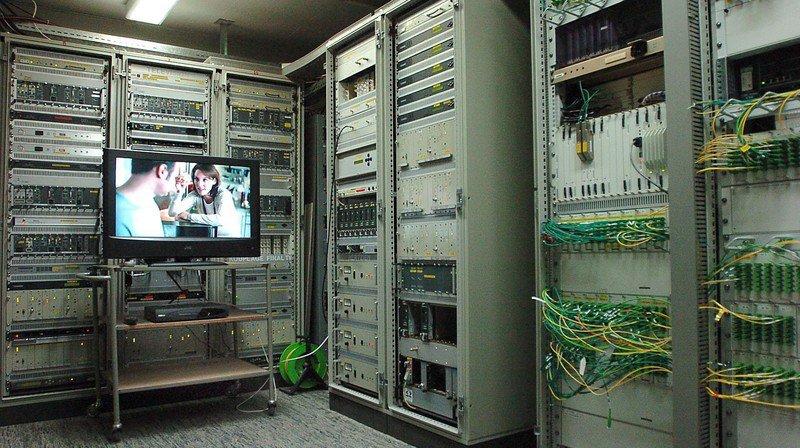 Baisse d'impôts de 2 points à Saint-Blaise, qui vend son téléréseau à Video 2000
