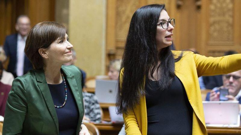 Céline Vara (à droite), en compagnie de Regula Rytz, est déçue de la non-élection de la candidate des Verts.
