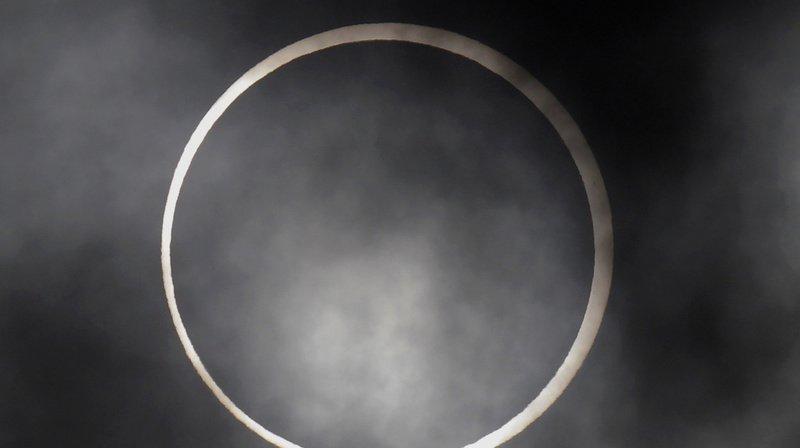 Astronomie: une éclipse «cercle de feu» a été observée en Asie