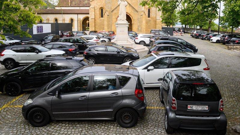 Une écotaxe sur les parkings échauffe les députés neuchâtelois