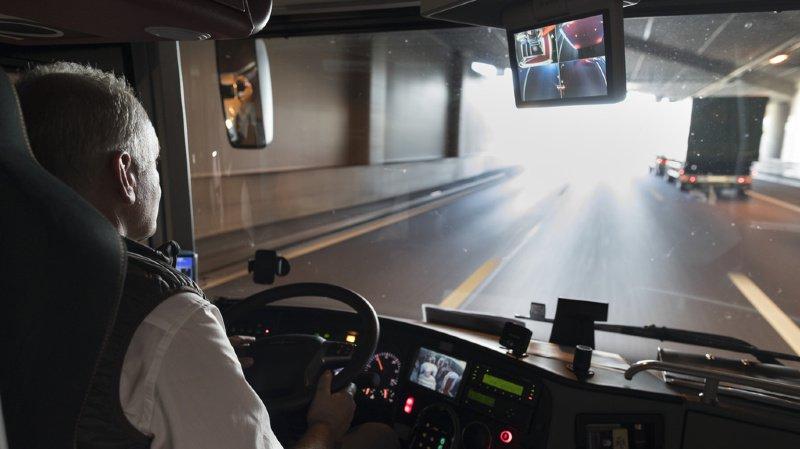 Belgique: poignardé, un chauffeur de bus poursuit sa tournée