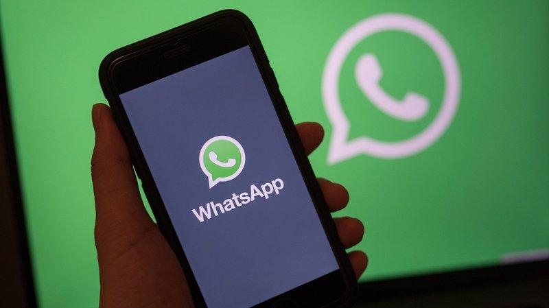 WhatsApp veut concentrer ses efforts sur les plateformes mobiles utilisées par la grande majorité des utilisateurs. (Illustration)