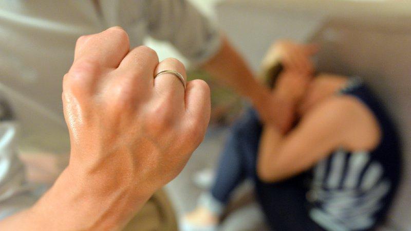 Violence domestique: vers un pisteur sur les victimes en cas d'interdiction de contact?