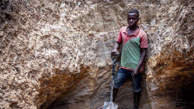 Mines de cobalt: Apple, Google, Microsoft et Tesla accusés de profiter du travail des enfants en RDC