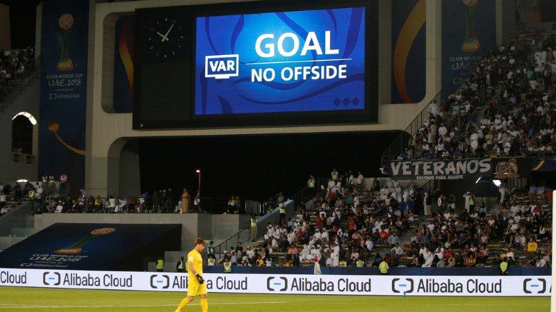 Football: l'arbitrage vidéo (VAR) doit se limiter aux erreurs «claires et évidentes»