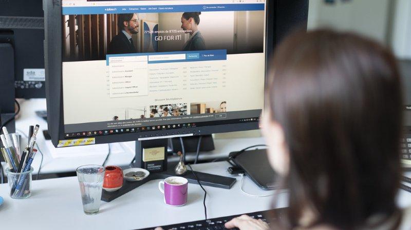 Plus de 9 Helvètes sur 10 surfent sur la toile: en chiffres, l'utilisation d'Internet en Suisse