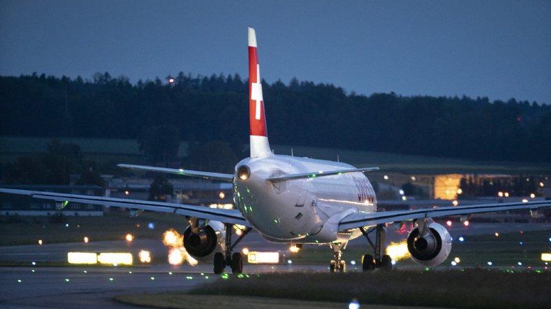 Transport aérien: un avion de Swiss fait demi-tour à cause de toilettes défectueuses