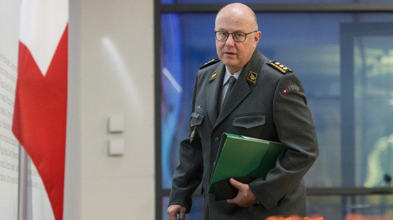 Armée: le chef de l'armée Philippe Rebord passe le relais à son successeur Thomas Süssli au Château de Chillon