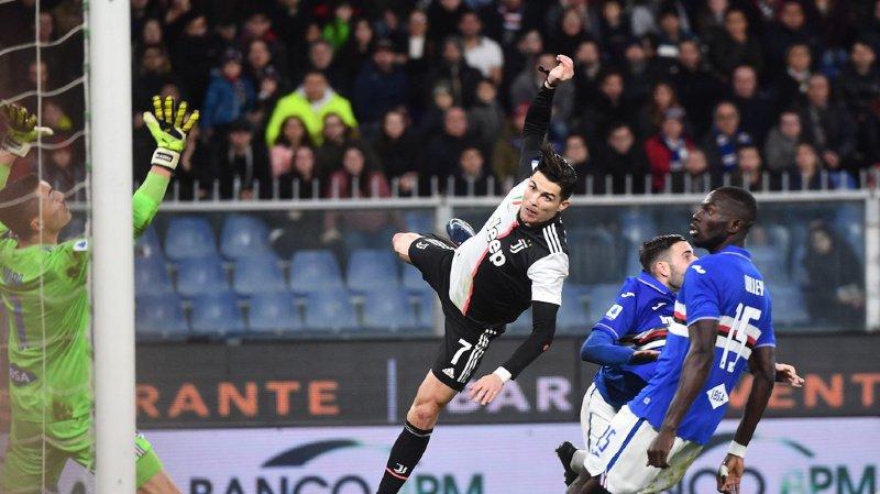 Cristiano Ronaldo a une détente tout simplement stratosphérique.