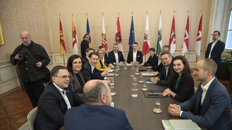 Autriche: Kurz peaufine sa coalition avec les Verts