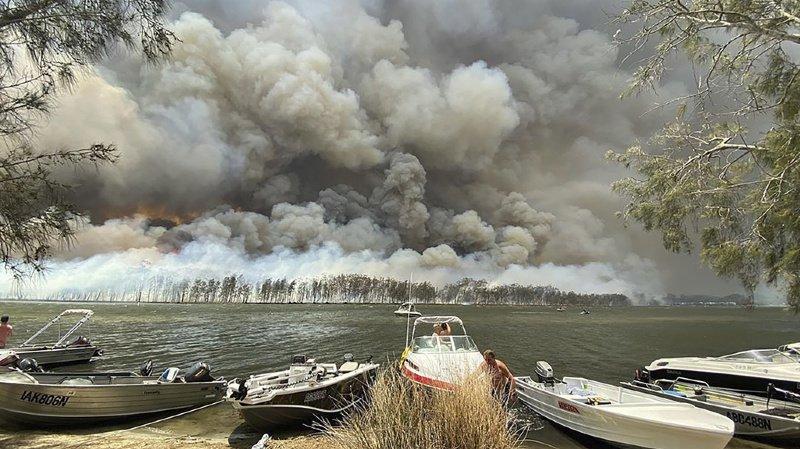 Le pays est ravagé par les flammes depuis plusieurs mois.