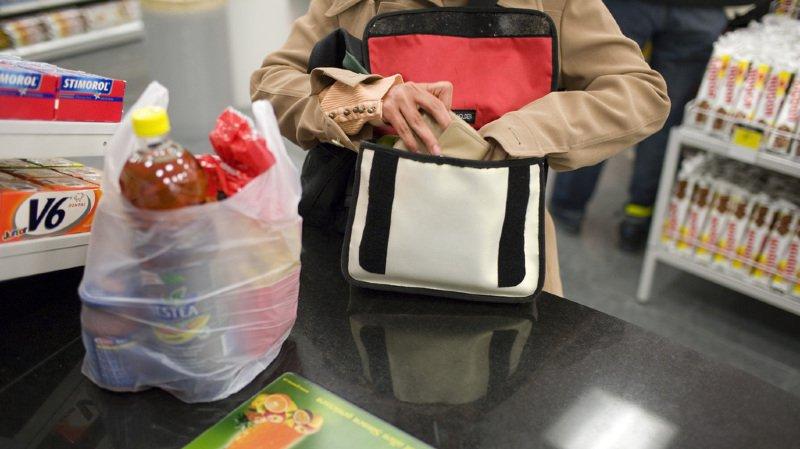 Cette loi vise à encourager l'utilisation de sacs réutilisables. (Illustration)
