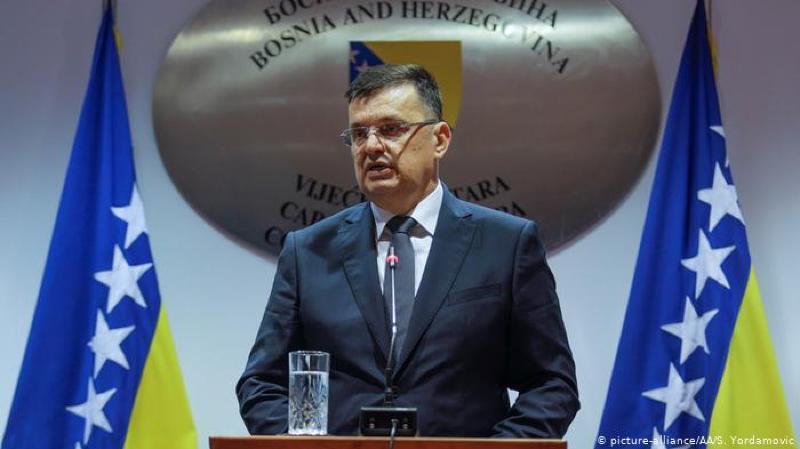 Zoran Tegeltija est le nouveau premier ministre bosnien. Sa nomination intervient après 14 mois d'impasse.