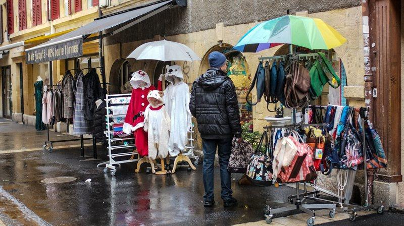 Un dimanche avant Noël maussade pour les commerçants neuchâtelois