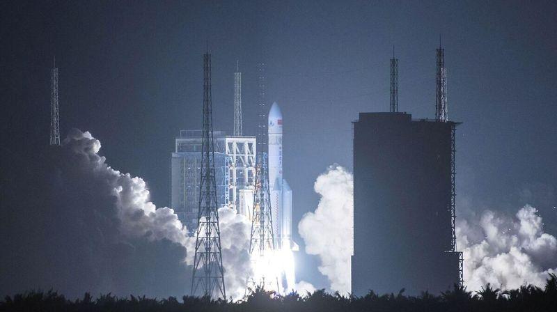 Espace: la Chine lance une puissante fusée Longue Marche-5