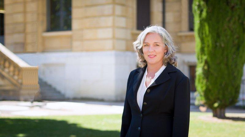 La professeure Nadja Capus mène des recherches sur la lutte pénale contre la corruption.