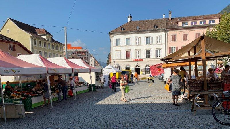 Le marché du mardi retournera à la place du Marché à partir du 7 janvier prochain.