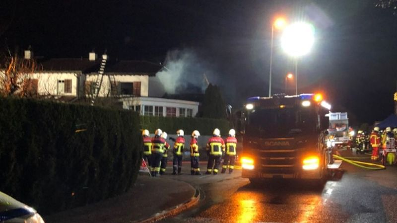 Les pompiers ont pu éteindre les flammes vers 20 heures.
