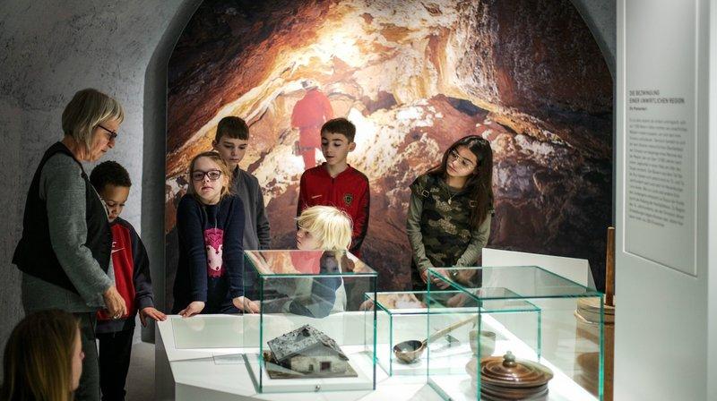 Neige d'antan, visite guidée au Musée d'histoire de La Chaux-de-Fonds.