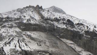 Éboulement à Kandersteg: 20'000 mètres cubes de roche se détachent du Spitzen Stein