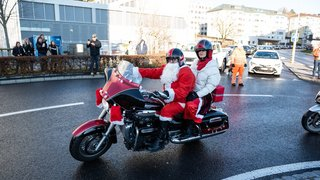 Des motards de Noël contre le cancer à Neuchâtel