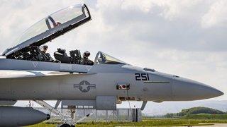 Avions de combat: le référendum contre l'achat est lancé