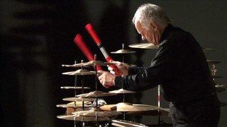 Le percussionniste Pierre Favre en récital au temple de Saint-Blaise