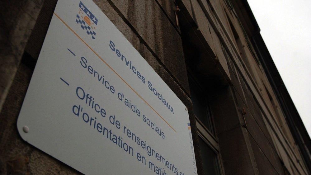 Alain (prénom d'emprunt) nie avoir touché des salaires dans le dos des services sociaux de La Chaux-de-Fonds.