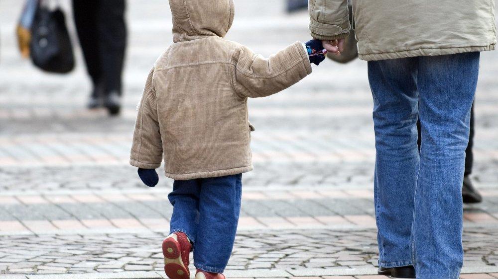 Les défenseurs de la famille arménienne souhaitent que la Suisse applique la convention internationale relative aux droits de l'enfant.