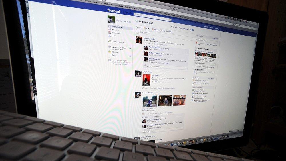 L'homme entrait en contact avec ses victimes via Facebook et créait de fausses adresses mail au nom de hauts fonctionnaires.