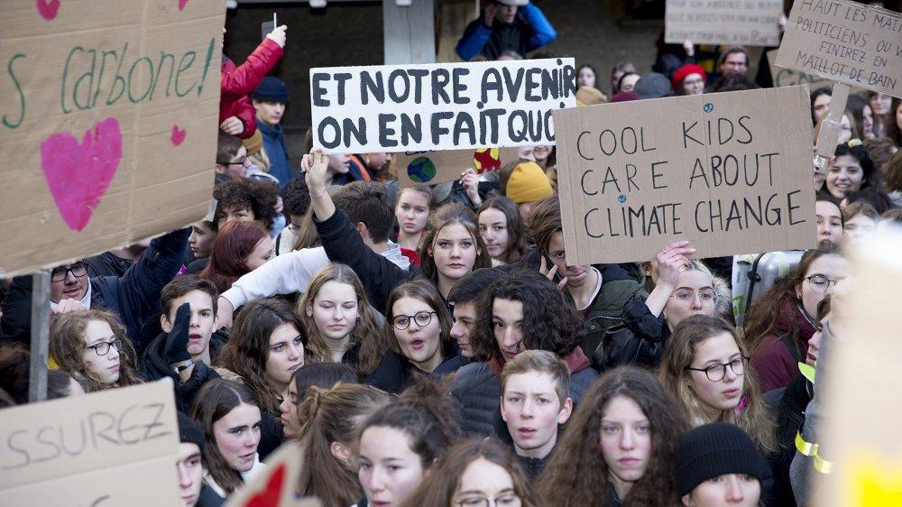 Près de 1500 jeunes avaient pris part à la première grève pour le climat à Neuchâtel, le 18 janvier 2019.