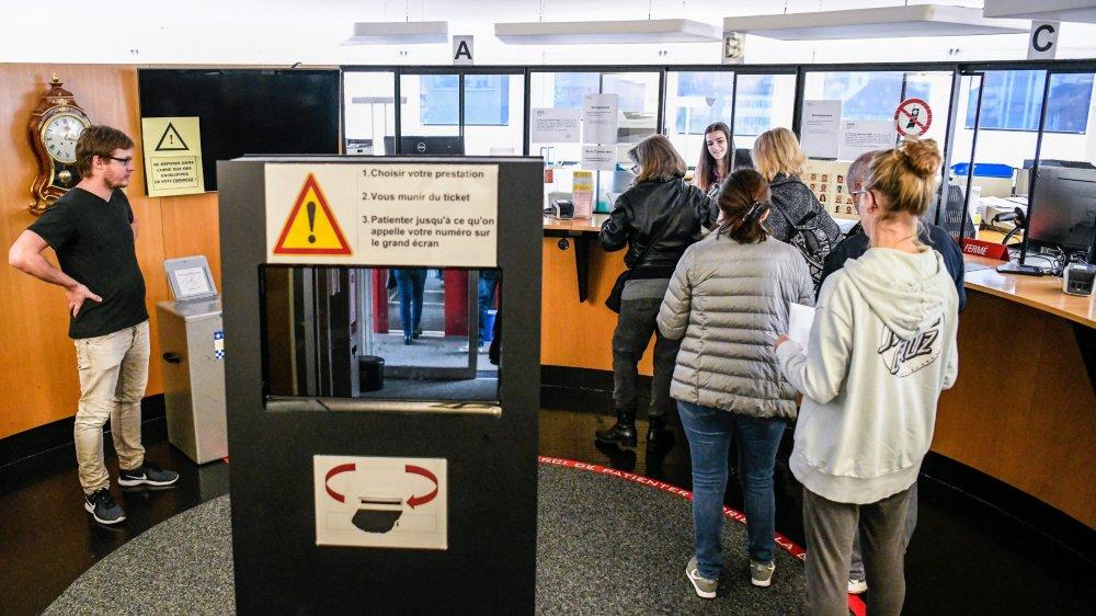 Si l'initiative pour le droit de vote à 16 ans sur demande passe la rampe, les jeunes Neuchâtelois pourront se rendre aux urnes, après s'être annoncés pour recevoir le matériel électoral.