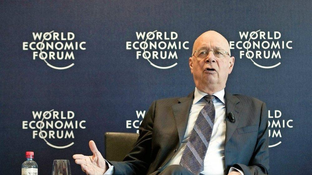 La recette du fondateur Klaus Schwab pour assurer le succès du WEF? Surprise, innovation et débat.