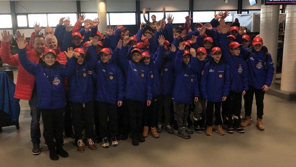 Les Pee-Wee romands sont partis ce mercredi pour le Québec dans la joie et la bonne humeur.