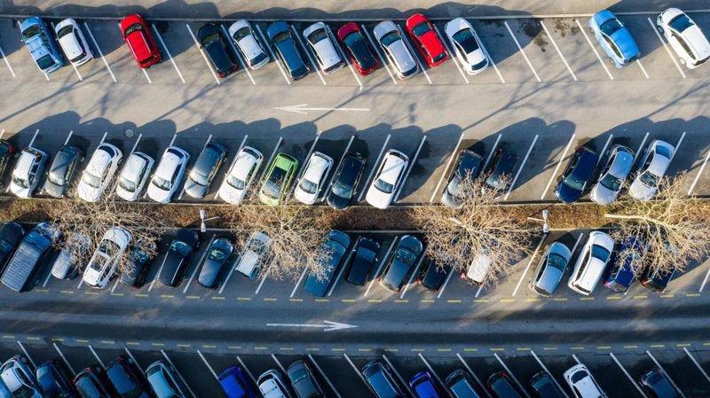 Dans le canton de Neuchâtel, à la fin du mois de septembre 2019, 97 311 voitures de tourisme étaient immatriculées.