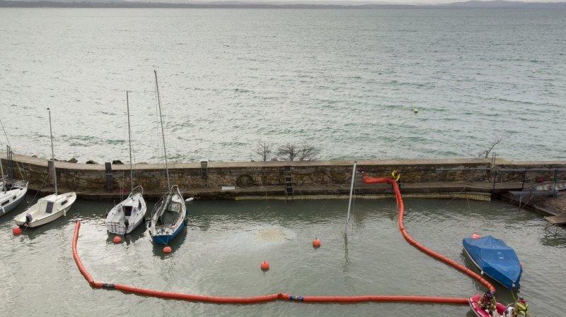 Fuite d'hydrocarbures au port de Serrières