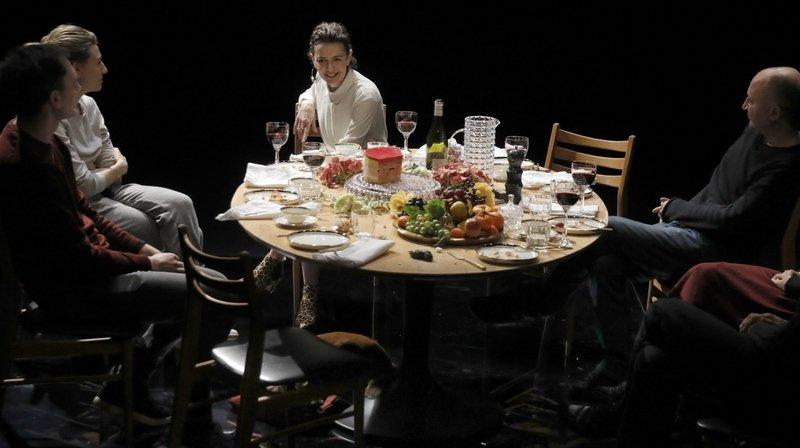 Le Locle: «Girls and Boys», une pièce de Dennis Kelly jouée au Casino.