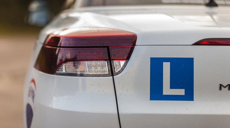 Plus de 1500 permis de conduire à l'essai retirés chaque année, comment éviter cet extrême?